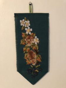 cross stitch small wall hanging mice