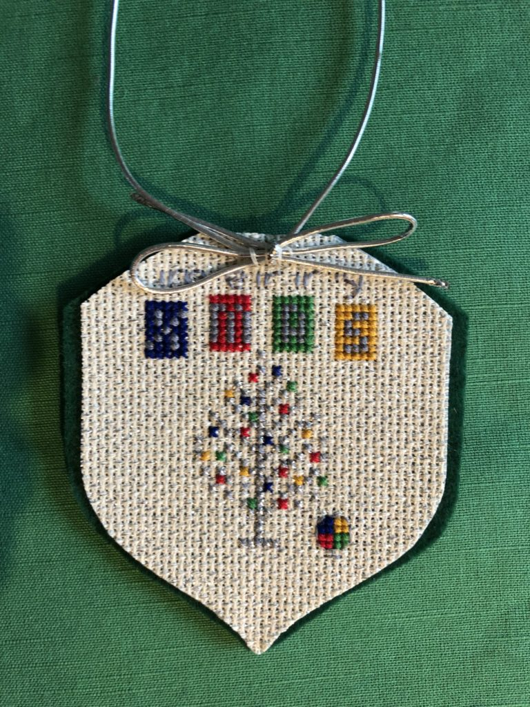 Retro Christmas Ornament in cross stitch